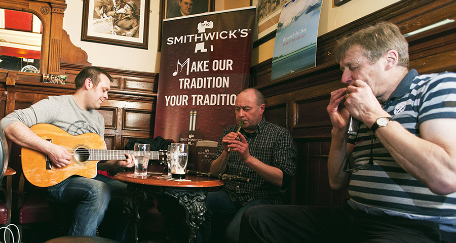 Traditional musicians in a Dublin Pub