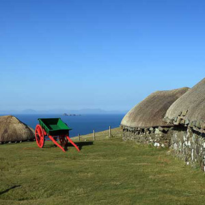 thatched-cottages-isle-of-skye2